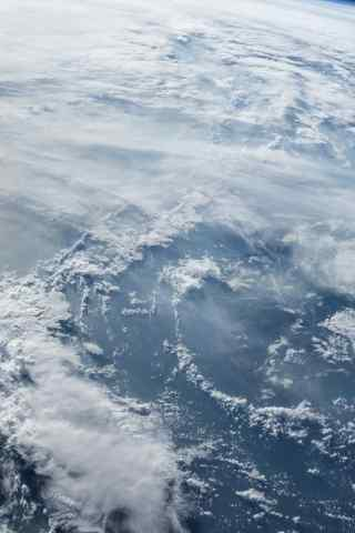 地球风暴卫星图高
