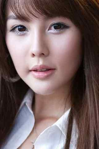 著名韩国美女车模