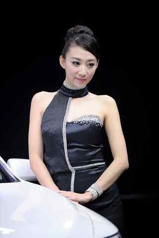 深圳车展的黑色性