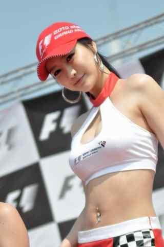 美女车模带着红色