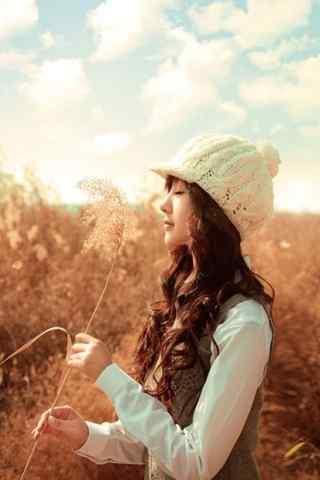 美女草地冬季写真