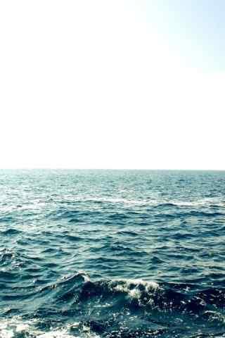 蔚蓝的大海高清手