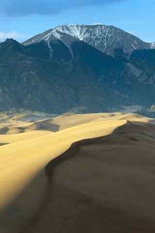 沙漠与绿洲高清手机风景壁纸下载
