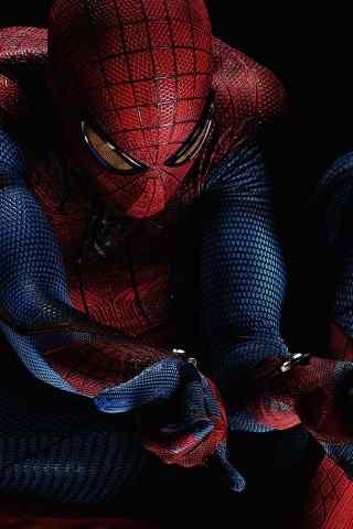 帅气超级英雄《蜘蛛侠》黑色背景手机壁纸下载