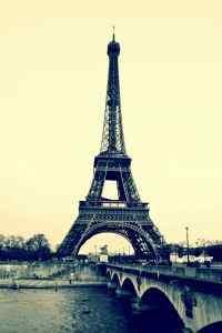 巴黎埃菲尔铁塔