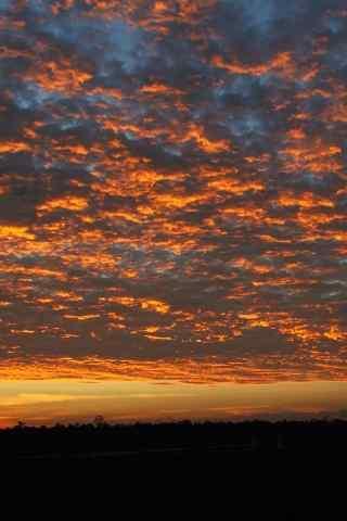 炫彩美丽的火烧云