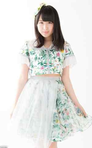 AKB48成员渡边麻