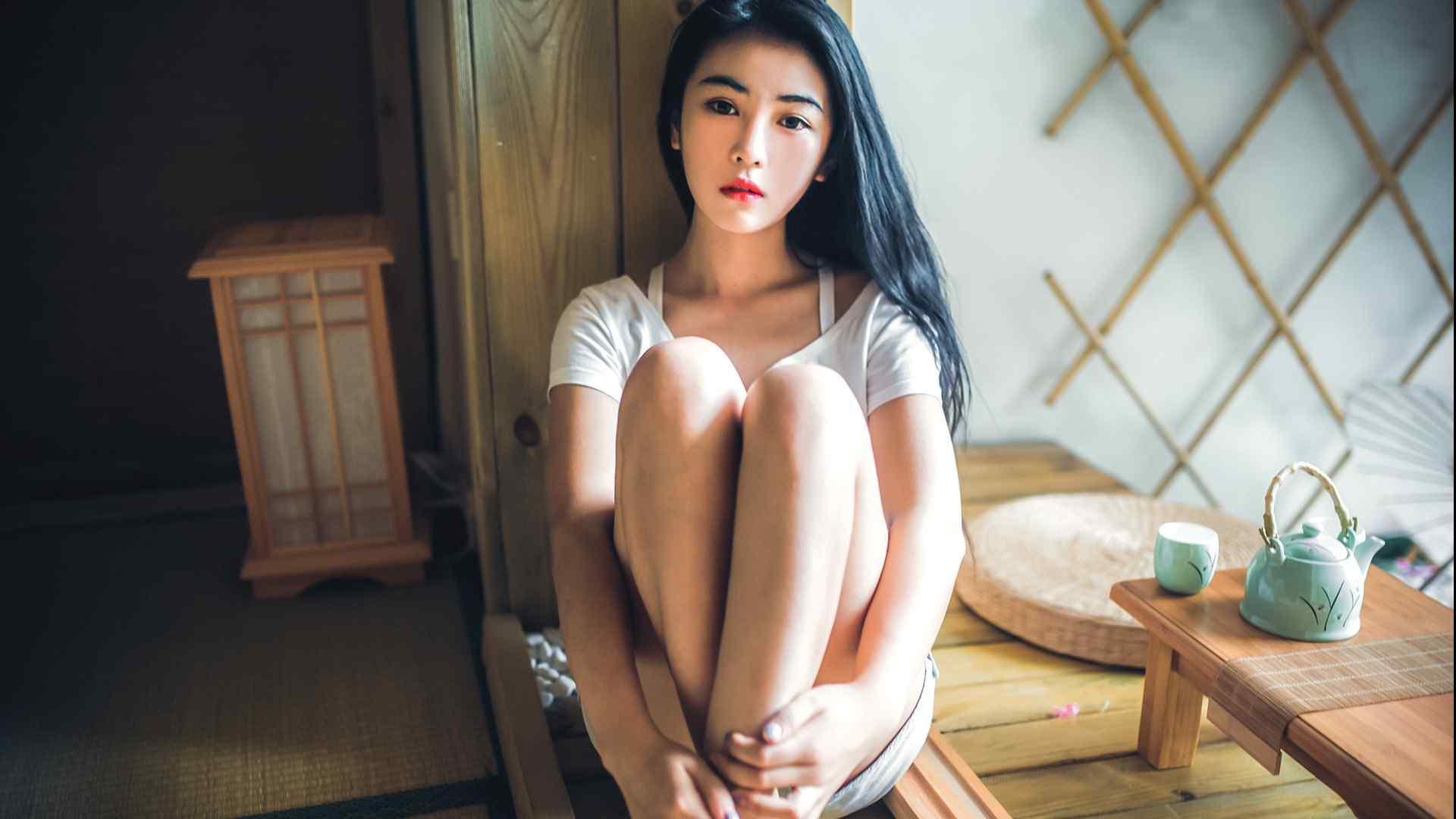 日系清纯美女夏日写真电脑桌面壁纸
