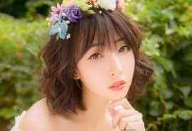日系美女甜美写真