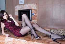 性感美腿美女短裙诱人写真图片桌面壁纸第二辑