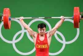 里约举重奥运冠军龙清泉比赛图片桌面壁纸