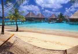 新近热带岛屿海滩