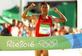 2016里约奥运冠军王镇马拉松比赛图片桌面壁纸
