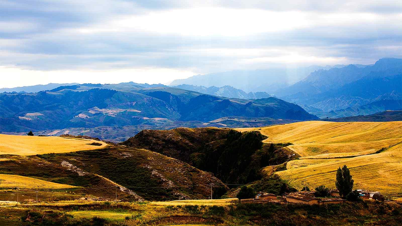 精选新疆江布拉克山峦自然风光桌面壁纸