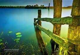 澳大利亚昆士兰州唯美大湖泊风景壁纸
