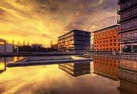 德国萨尔布吕肯夕阳西下现代建筑自然风光壁纸