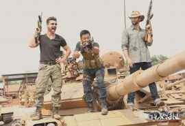 电影《战狼2》拍摄人物花絮图片桌面壁纸