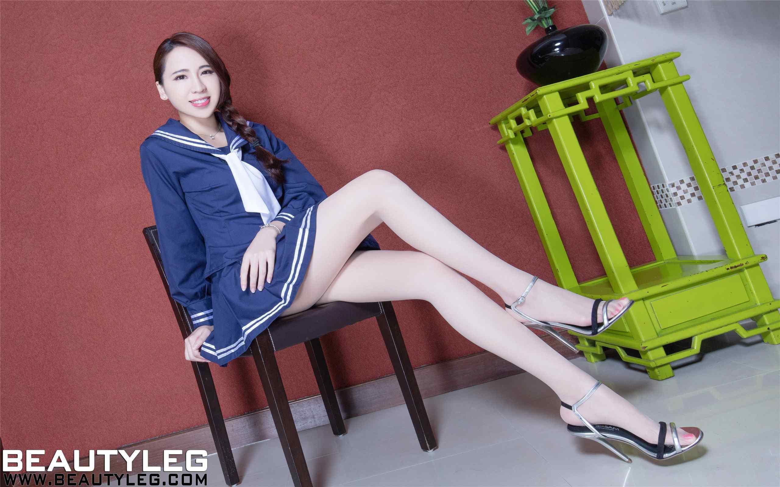腿模Alice蓝色水手制服高清电脑桌面壁纸