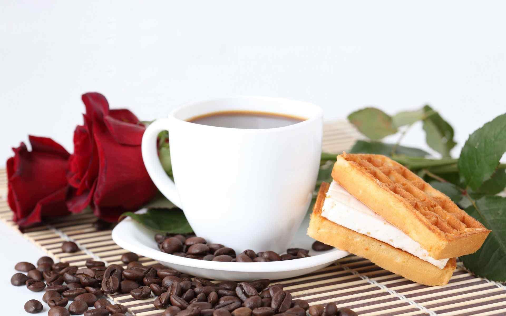 精选美味早餐咖啡加面包桌面壁纸