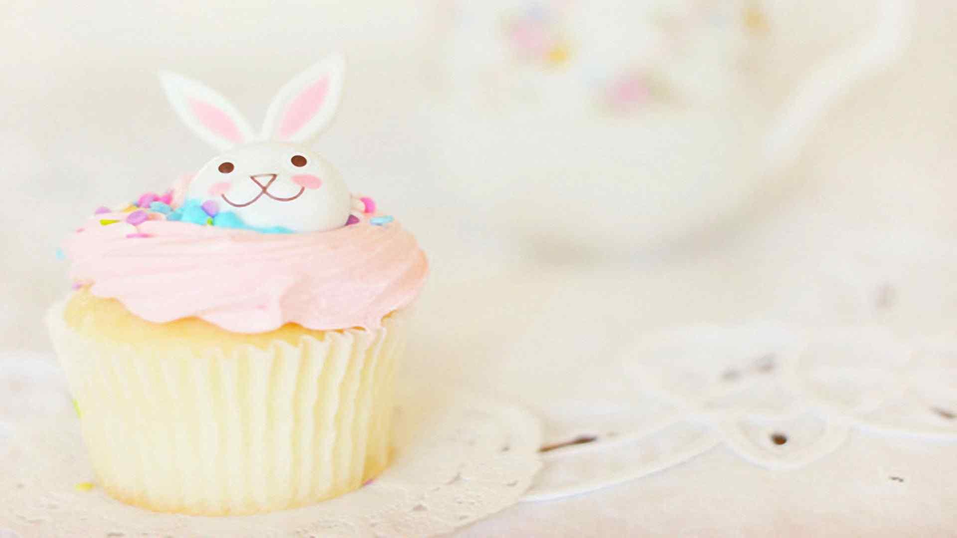 可爱小兔子奶油蛋糕高清桌面壁纸