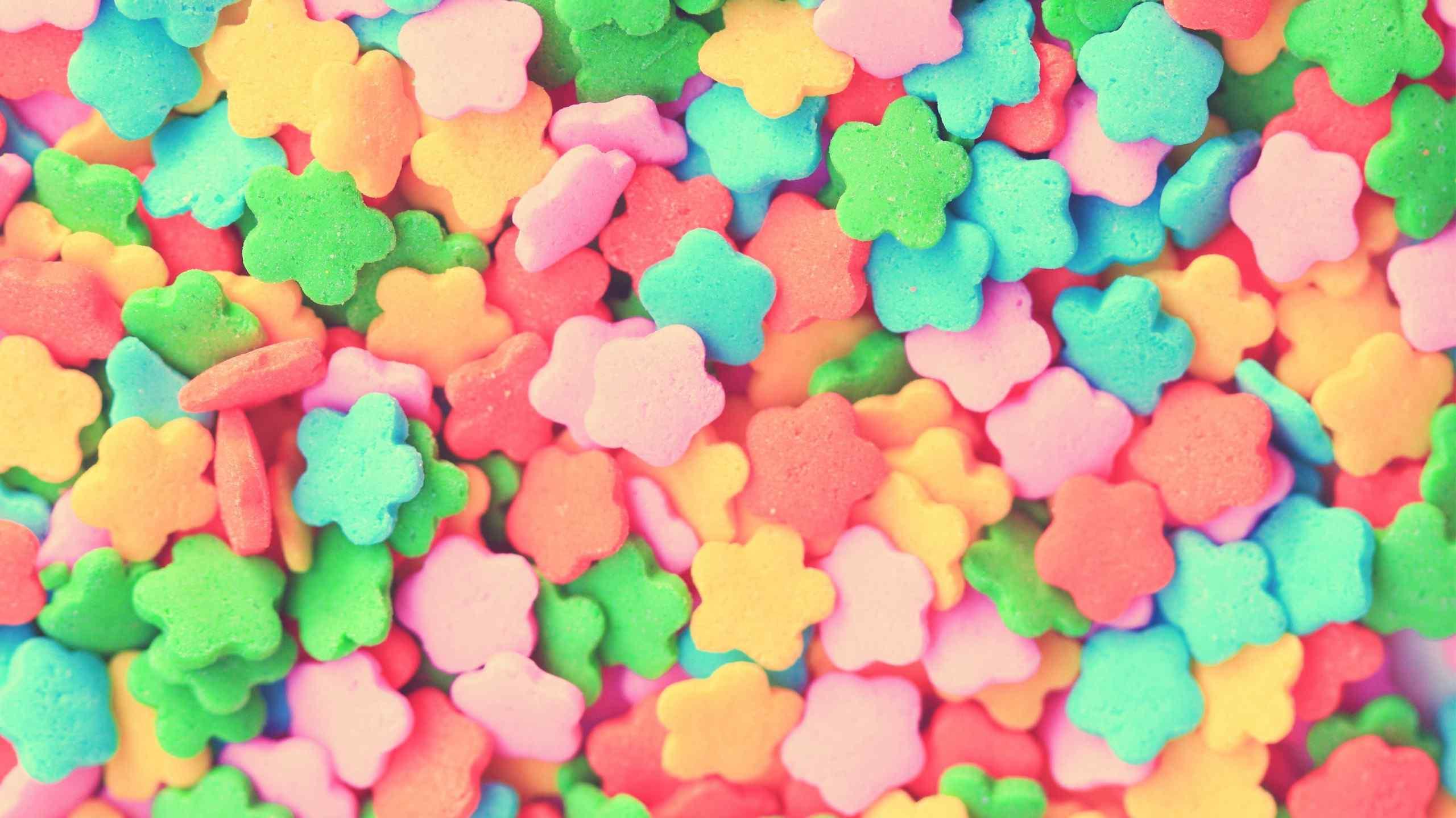 炫酷彩色星星曲奇饼干桌面壁纸