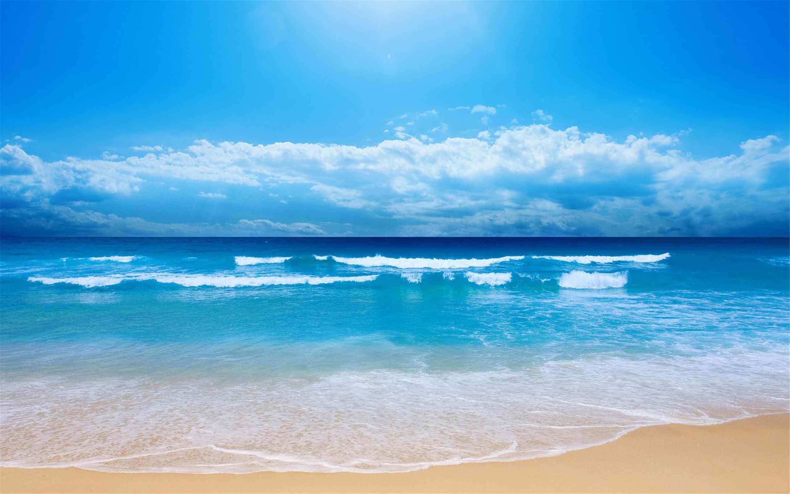蓝天白云下的大海自然风景桌面壁纸图片