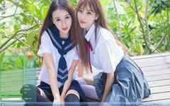 清新的姐妹花制服甜美写真Win7主题