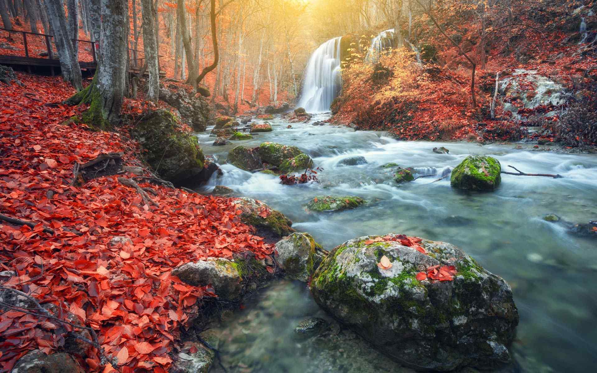 唯美的瀑布风景图片桌面壁纸图片