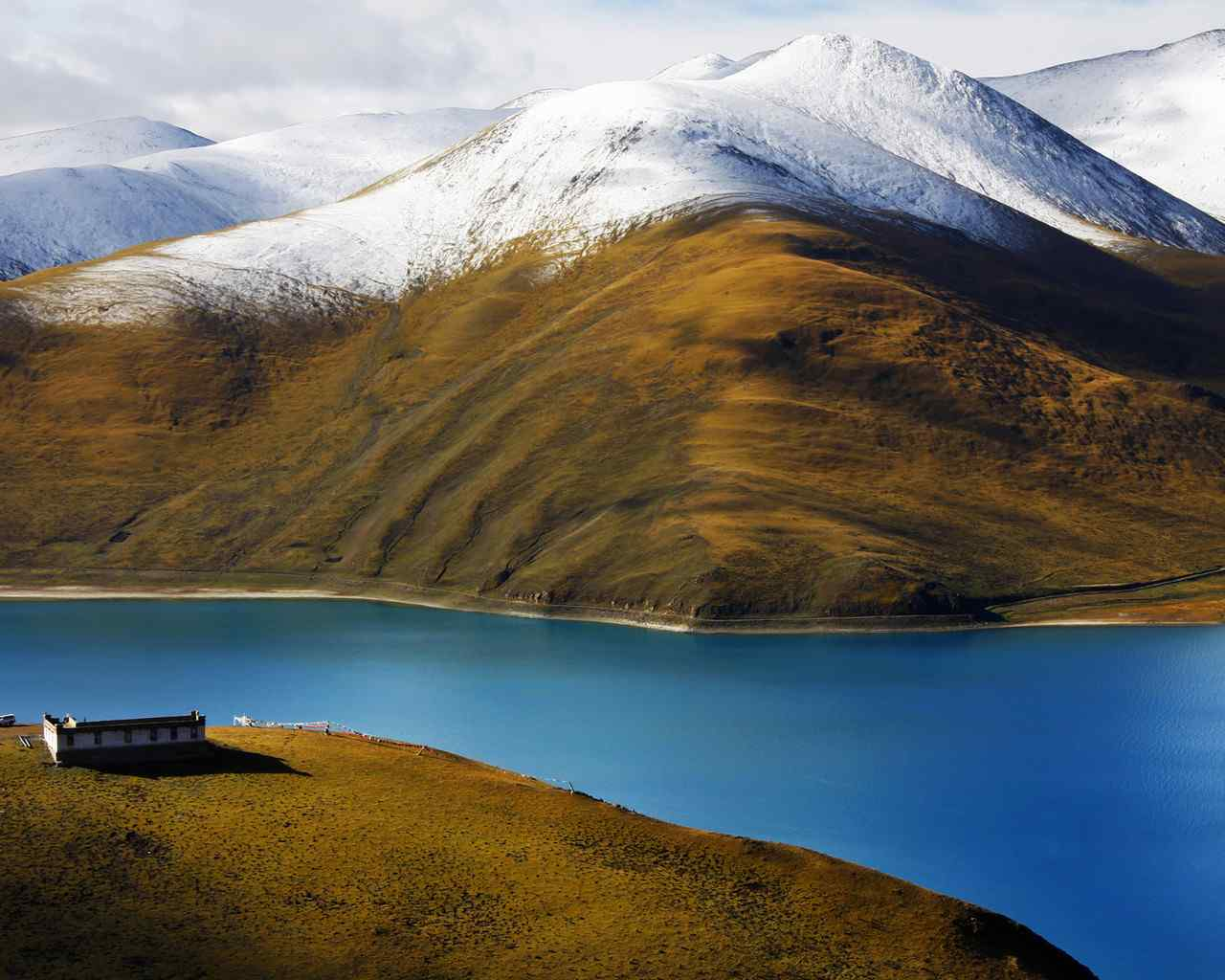 美丽的西藏风光高清桌面壁纸