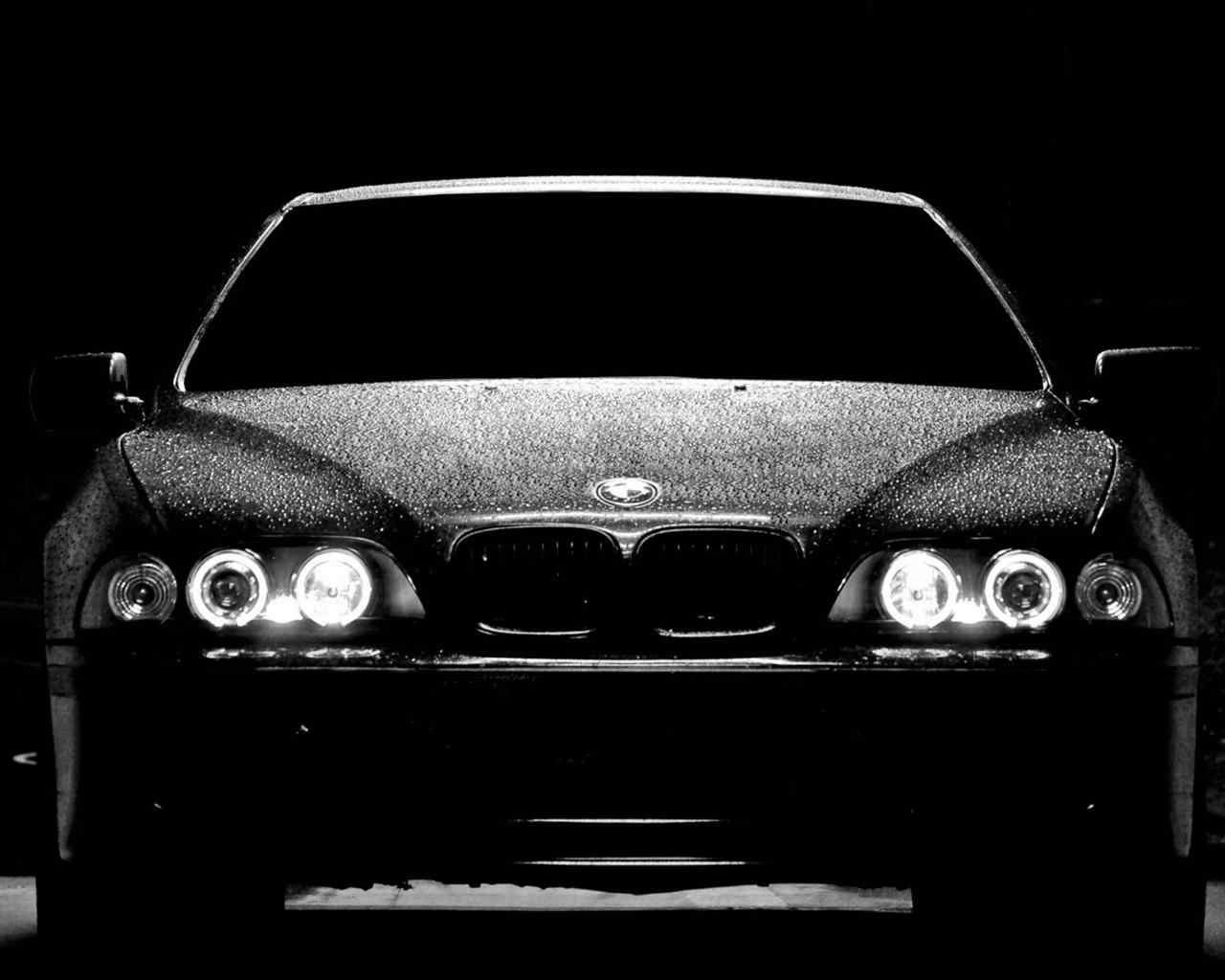 时尚黑色宝马汽车高清桌面壁纸