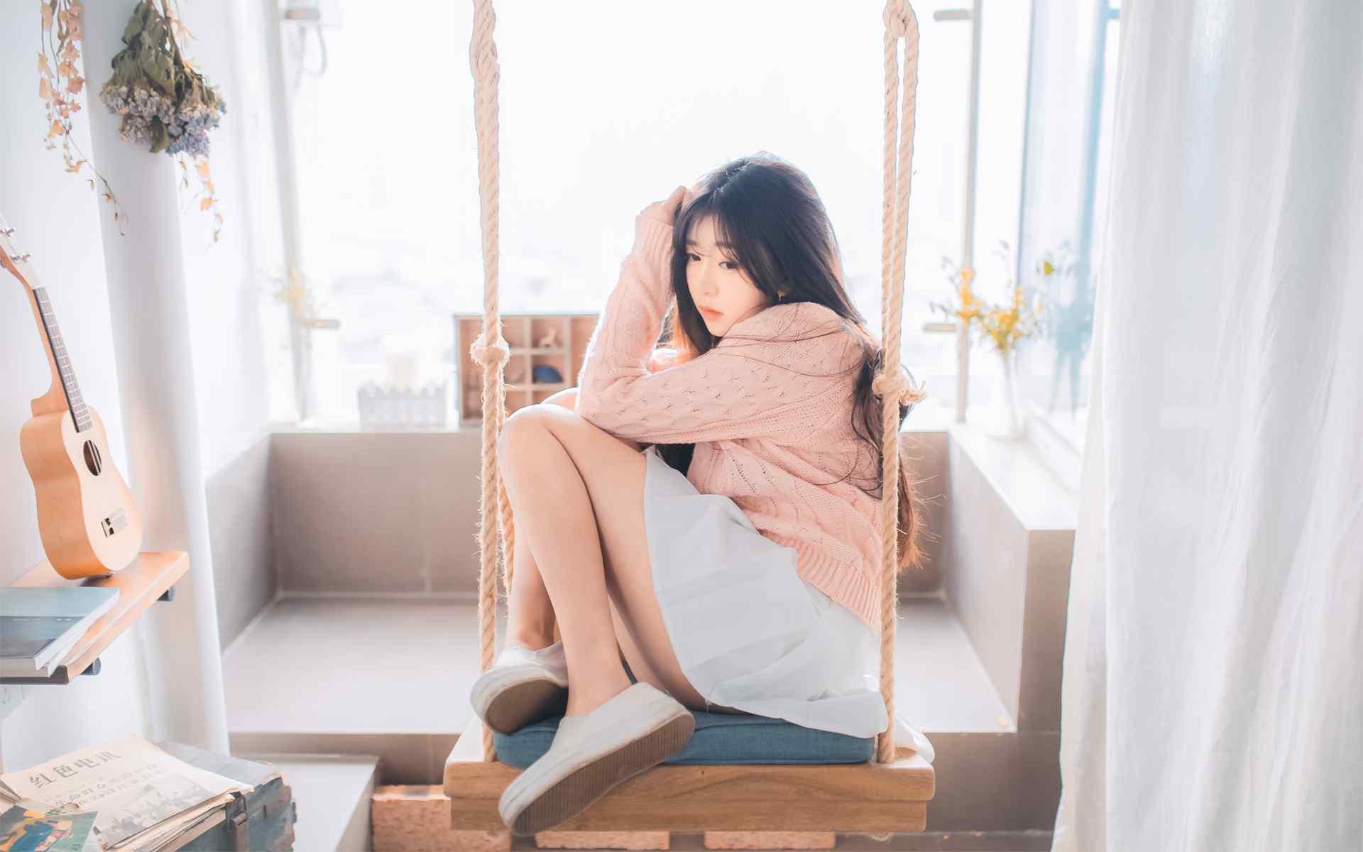 清纯美女甜美居家写真图片高清桌面壁纸