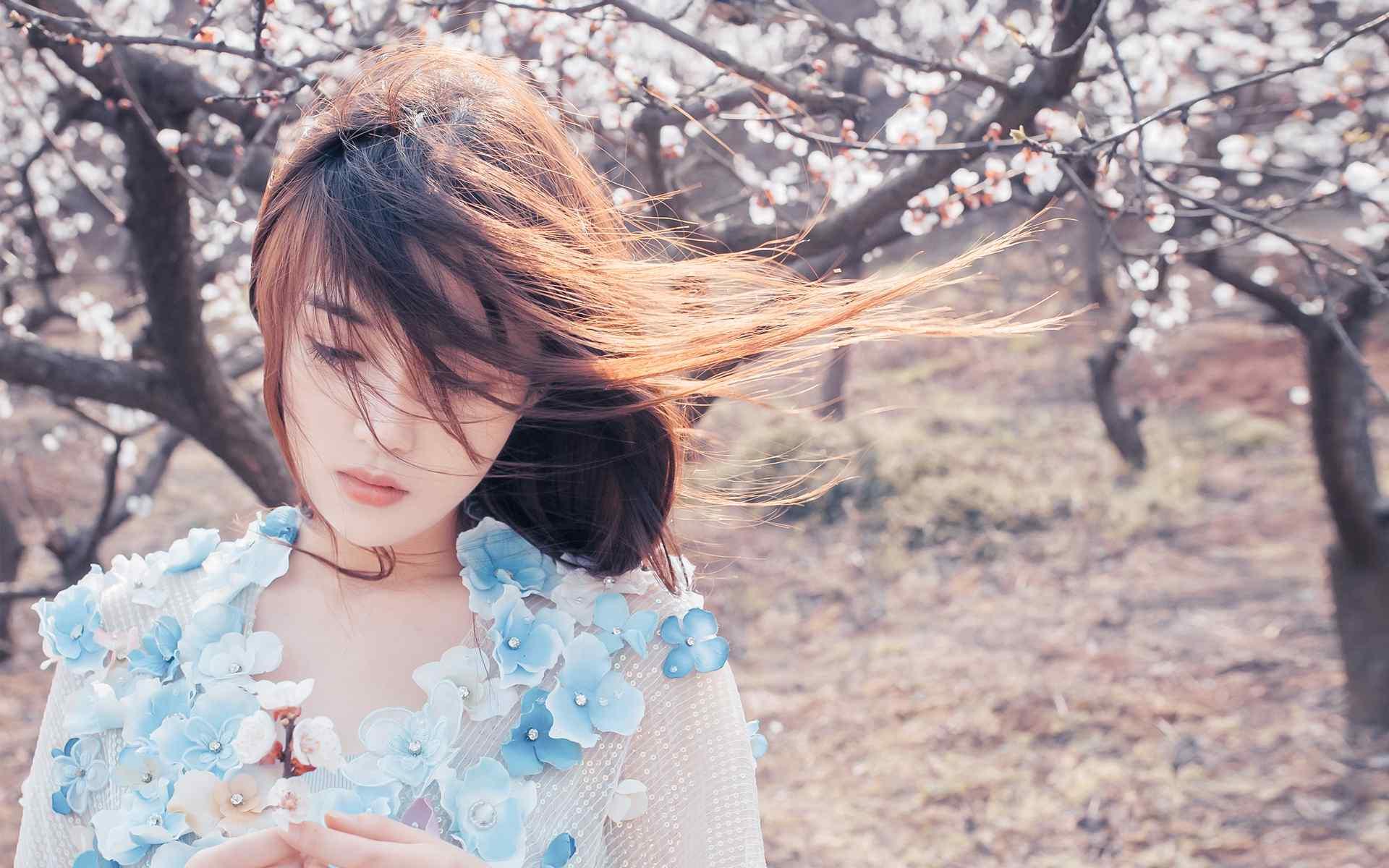 日系美女唯美写真图高清桌面壁纸