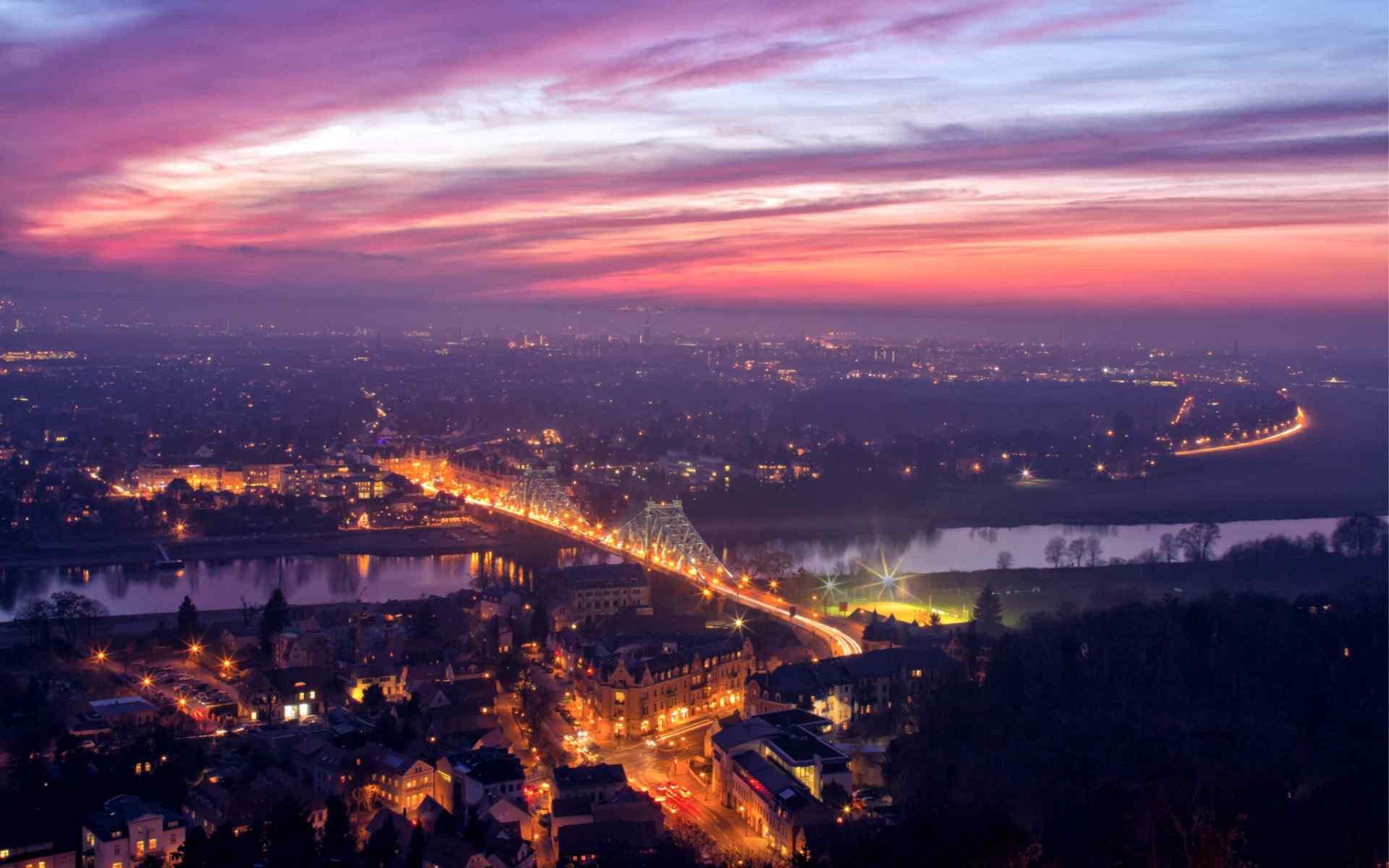 美丽的城市夜景高清桌面壁纸