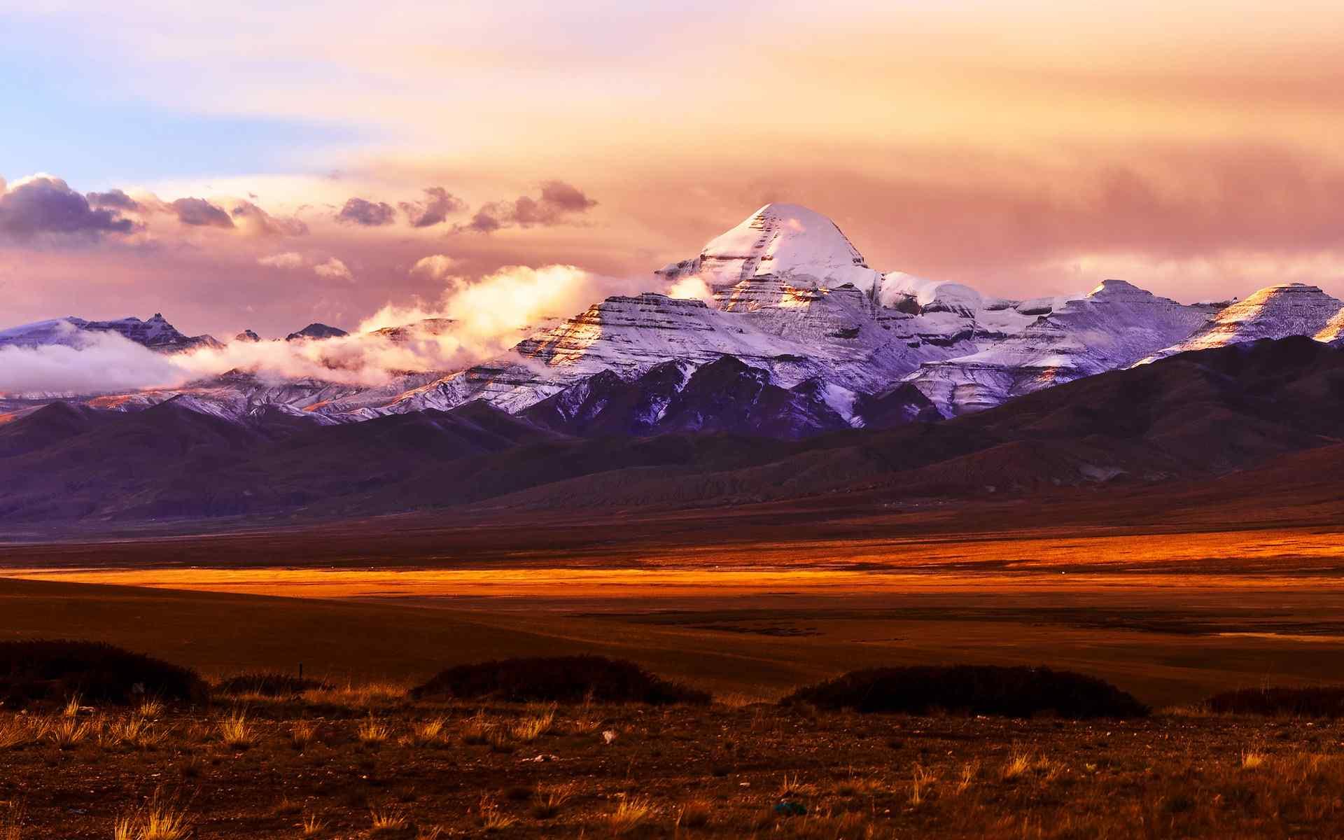 优美的西藏阿里自然风光桌面壁纸