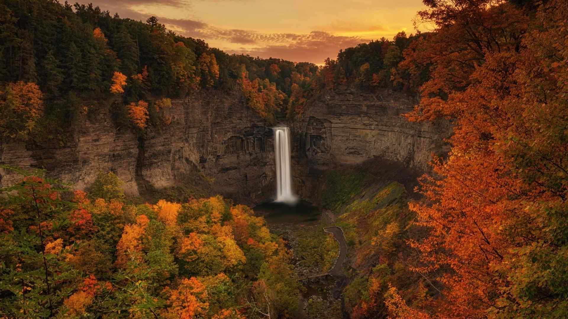 唯美风景瀑布图片高清桌面壁纸图片