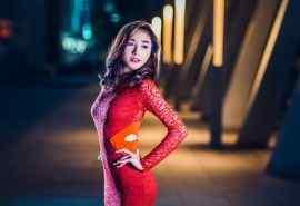 性感红裙美女写真